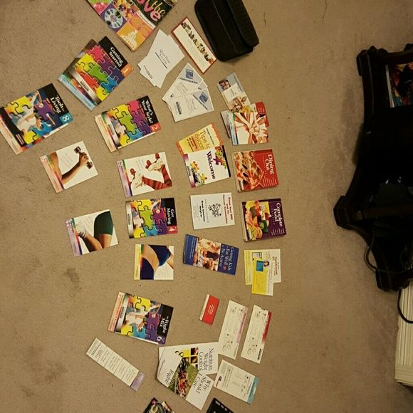 Weight Watchers Program Kit Full set weight watcher's program includes the 2 dining out points book and complete food companion book, in the groove book, weekly guides, points finder and active point booster slide scale and much more. Other