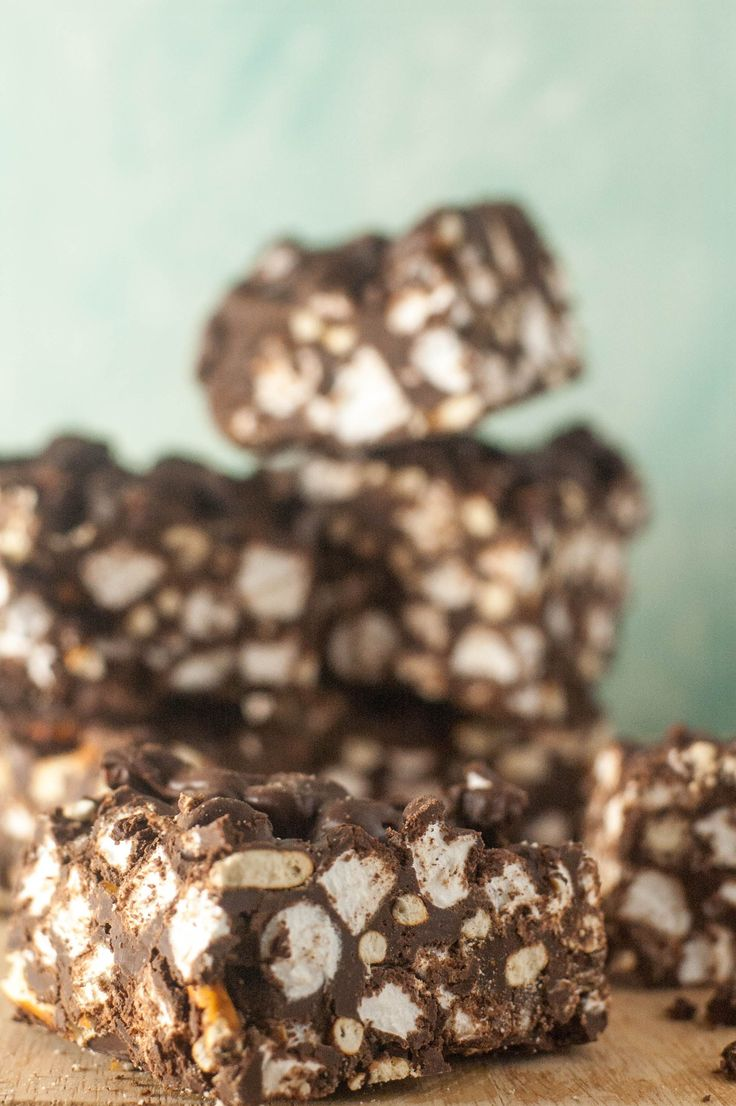 Delicious no-bake chocolate, peanut butter, marshmallow pretzel bars. You'll want to make these again and again!