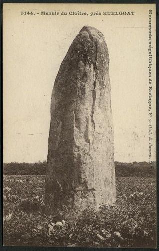 Menhir du Cloître, prés Huelgoat  E Hamonic, St B (5144) (51)