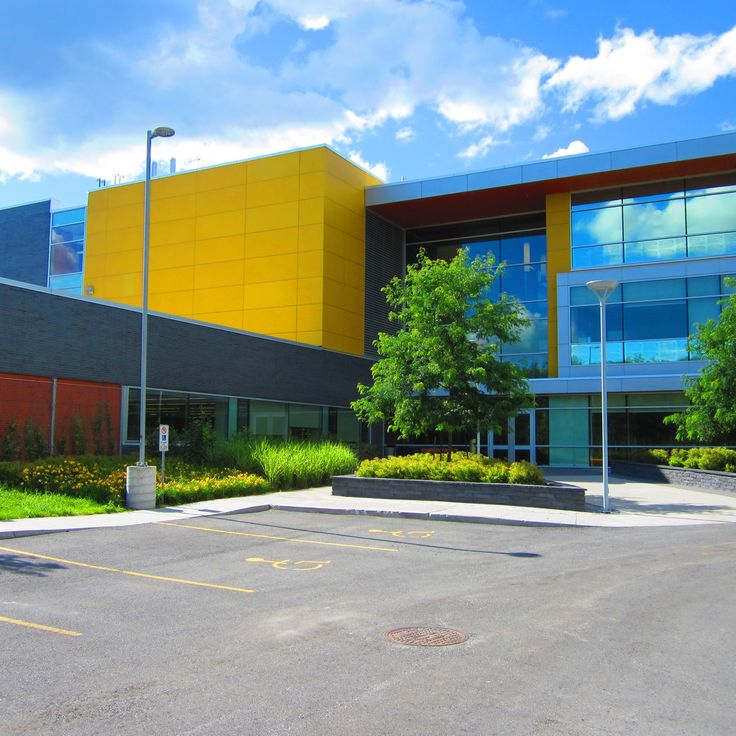 Project: Ottawa Archives Building Location: Tallwood Dr., Ottawa, ON Product: Equitone Architect: Barry Hobin and Associates