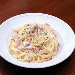 Спагетти карбонара с беконом