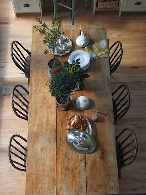 Shine Your Light: Fancy New Dining Table