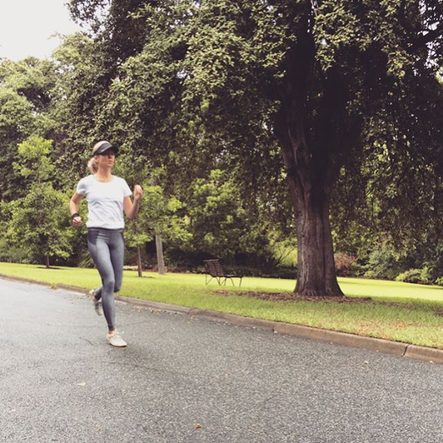 Love this running shot by @_earthrunner_ wearing the #etiko organic cotton fairtrade t-shirt! #ethicalfashion