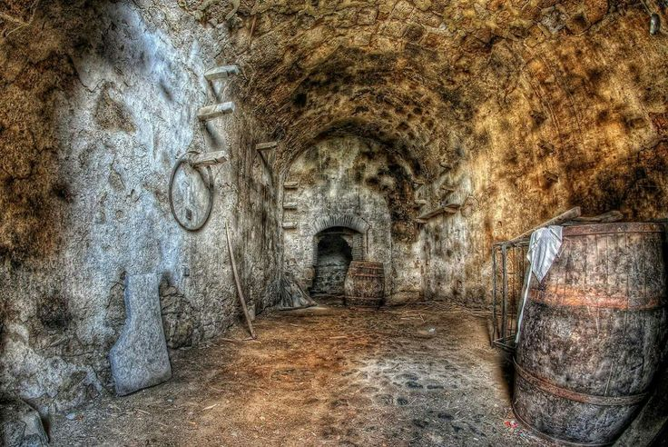 Città perduta di Celleno antica #lostcity Cantina #cellar #Nikon #Samyang #8mm #fisheye #RiccardoCuppini