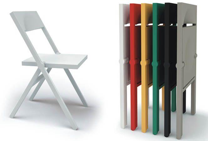 ¥34,560   建築家デイヴィッド・チッパーフィールドがデザインしたピアーナは、完全にフラットな状態で折り畳むことができ、垂直状態でのスタッキングが可能。
