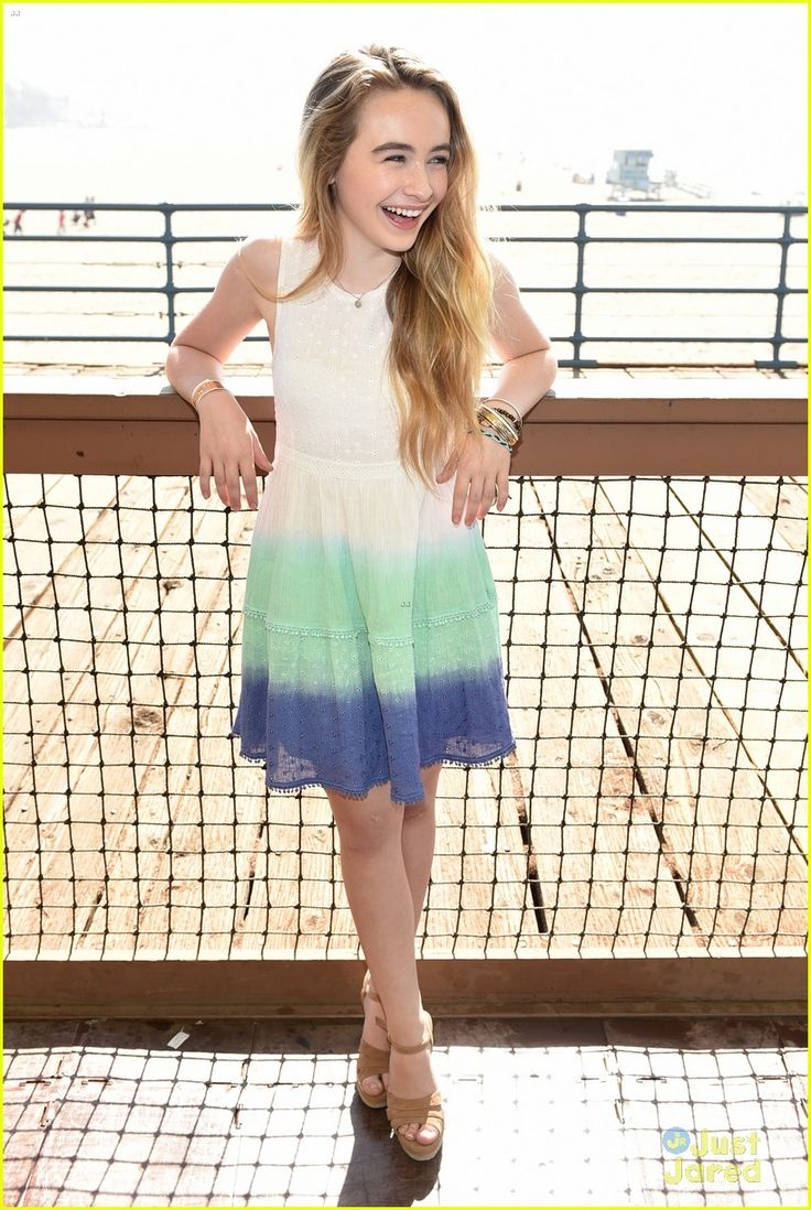 Yet another style inspiration-shout out to Sabrina Carpenter! She's younger then me, but really cute and I <3 her music. #styleinspire