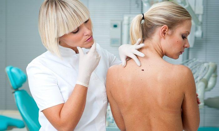 Centro Médico El Pilar - Madrid: 1, 2 o 3 sesiones de tratamiento láser para eliminar verrugas o lunares desde 29 €