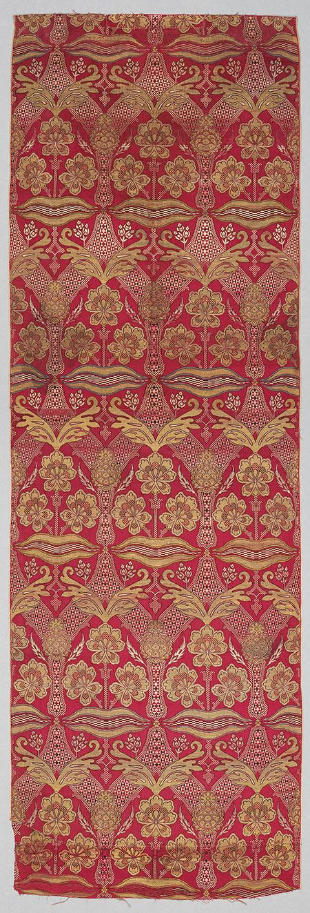 Loom width with floral and tiger–stripe design, 16th century Turkey, Bursa Silk, metal–wrapped thread; lampas (kemha); L. 79 5/8 in. (202.2 cm), W. 26 1/2 in. (67.3 cm)