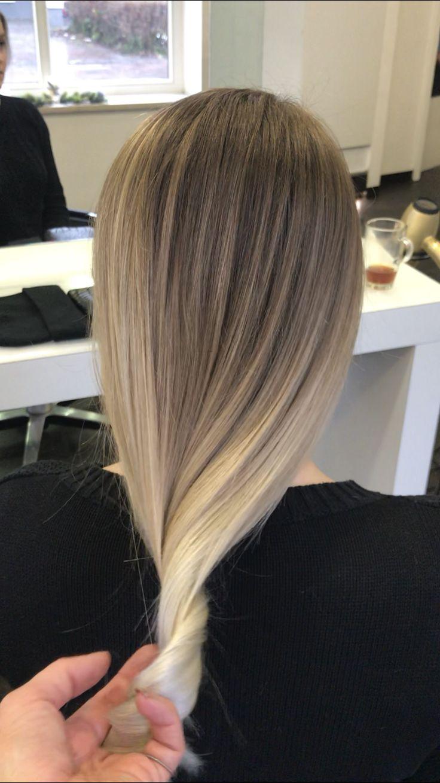 #balayage #blondhair#balayageombre#Style#stylish#modernhair#modell#color#haircut#myhairandbeauty#beauty#