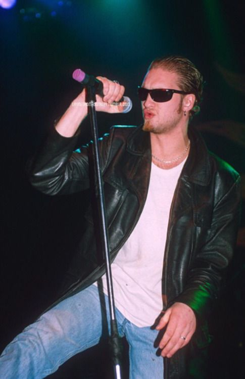 """...and your mark was true."" Layne Staley and Alice In Chains appreciation blog."