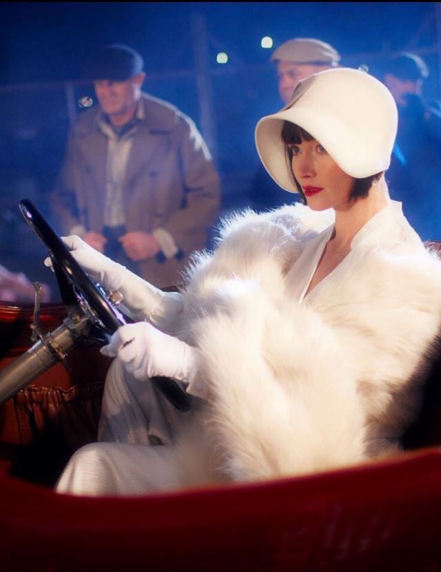 Looking glamorous wrapped in fur ~ Phryne Fisher ~ Miss Fisher's Murder Mysteries