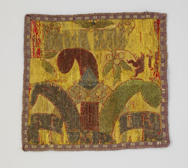 Fragment of textile with Medici emblems Date: ca. 1492 Culture: Italian, probably Florence Medium: Silk, metal thread Dimensions: Overall: 13 1/2 x 12 5/8 in. (34.3 x 32.1 cm); including fringe; greatest dimension in warp direction Classification: Textiles-Woven   The Metropolitan Museum of Art