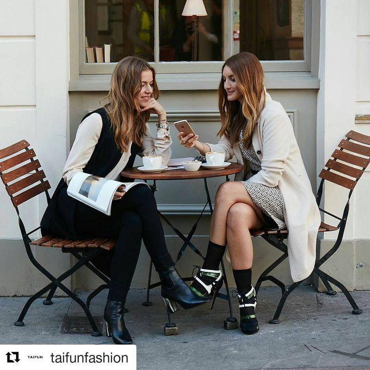 Отцом уличной фотографии считается Билл Каннингем, который еще в 1978 году опубликовал в The New York Times подборку On the street с актрисой Гретой Гарбо, гулящей по Манхэттену. Сейчас в это трудно поверить, но это были первые непостановочные снимки знаменитостей, опубликованные в газете.📰☝ #taifunodessa #gerryweber #taifunfashion #fashion #instafashion #fashionblogger #taifungirl #campaign #streetstyle #photography #стритстайл #фотография #уличнаямода #одесса