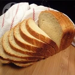 Best bread machine loaf- this worked like a charm, lovely and fluffy, i didn't have a thermometer so i did 4 oz water from the kettle and 4 oz cold tap water to get the warm water, it seemed to work. quite sweet; might try 1 tbsp sugarr next time