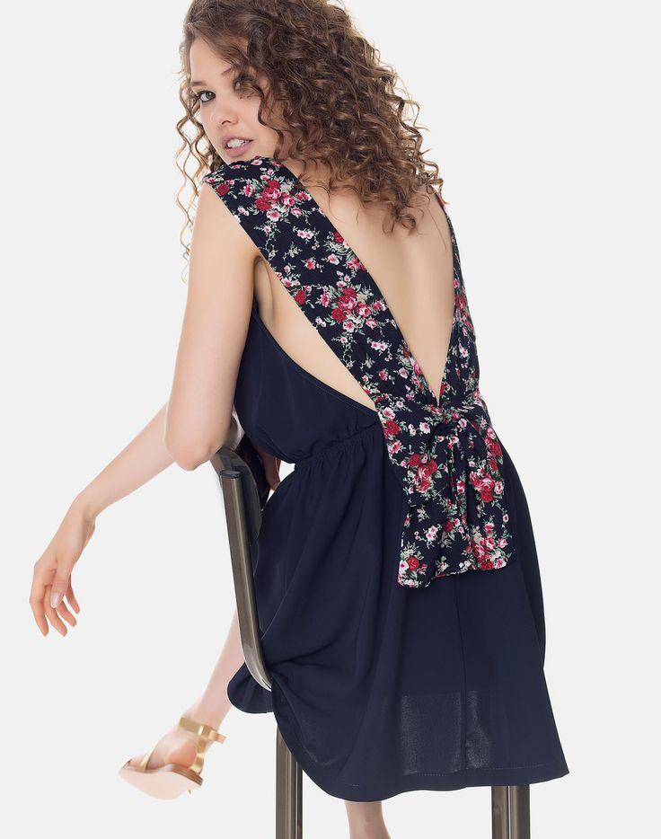Φόρεμα με floral τιράντες