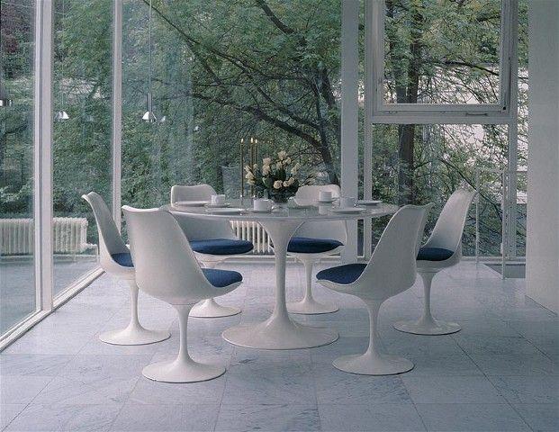 Delightful Saarinen Dining Table, Round   Saarinen Tulip Side Chair   Designed By Eero  Saarinen For Knoll