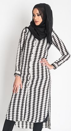 Monochrome Shirt Dress #WhatsNew #NewArrivals #Style #Fashion #WomensStyle #Hijab #Abaya http://www.aabcollection.com/shop/product/monochrome-shirt-dress/726
