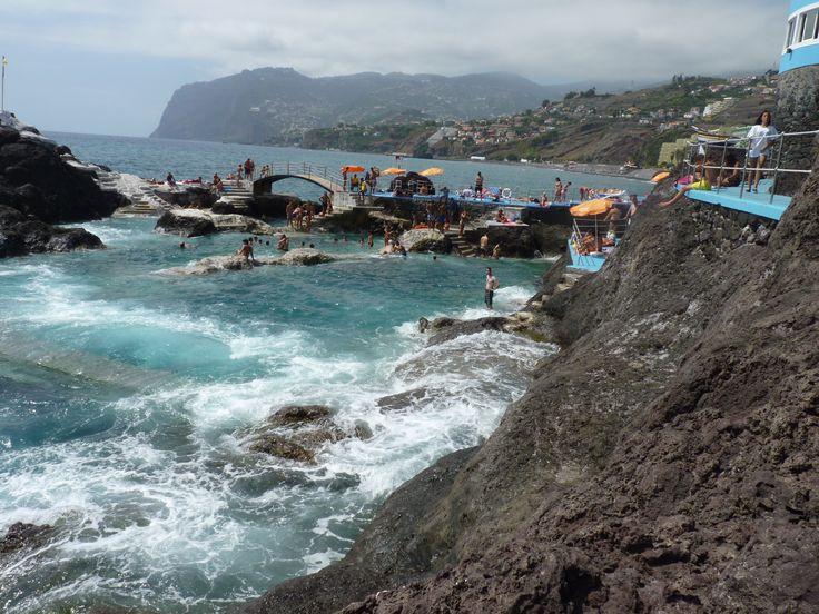 Madeira piscinas naturales isla de madeira pinterest for Piscinas naturales en portugal