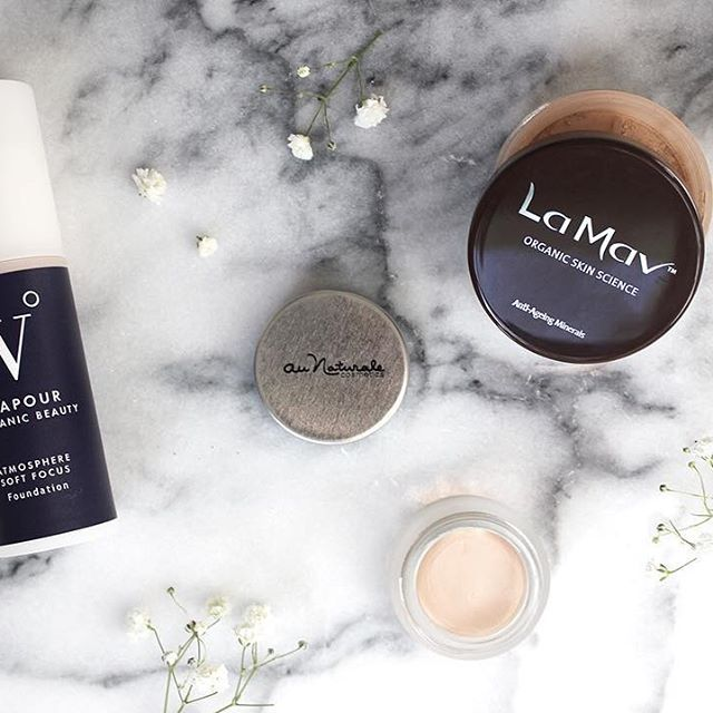 Three Organic Products for a Flawless Base