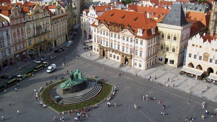 Piata Orasului Vechi din Ceasul Astronomic O vacanta in Praga in imagini - galerie foto. Vezi mai multe poze pe www.ghiduri-turistice.info