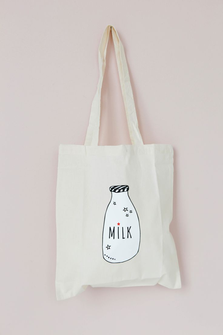MILK bag  Lirumlarumleg.dk |   Photo and styling by Mathilde Andersson