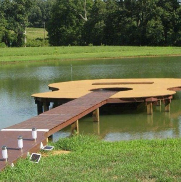 For the guitar playing lovers who want to relax by the water