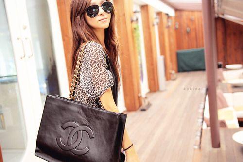 so pretty: Fashion Beautiful, Chanel Handbags, Chanel Bags, Hermes Bags, Style, Fashion Bags, Big Bags, Gucci While, Cheetahs Prints