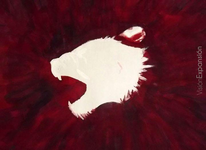 Sangre derramada por amor, a causa de dolor, humillación, lloro, abandono.  No llores. He aquí que el León de la tribu de Judá, la raiz de David, ha vencido ...