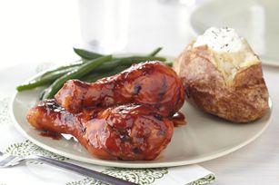 Prenez congé des poitrines de poulet. Ces pilons faciles à préparer feront les délices de votre famille grâce à leur irrésistible arôme asiatique. Cependant, si vous adorez les poitrines de poulet, n'hésitez pas à en utiliser pour préparer la recette !