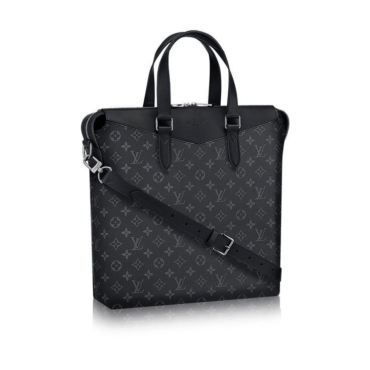 Découvrez l'incontournable Cabas Explorer via Louis Vuitton