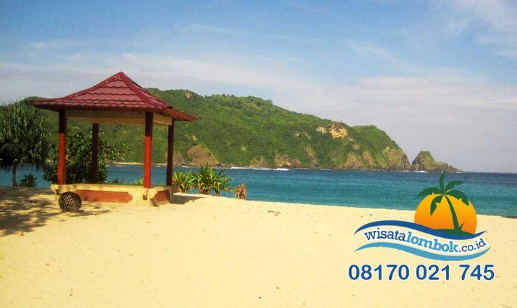 OMG !!! Inilah Julukan Surga Wisata Lombok yang Harus Anda Coba,  Yuk kunjungi  http://www.wisatalombok.co.id/info-wisata-lombok/ini-dia-keindahan-pantai-mawun-di-lombok/