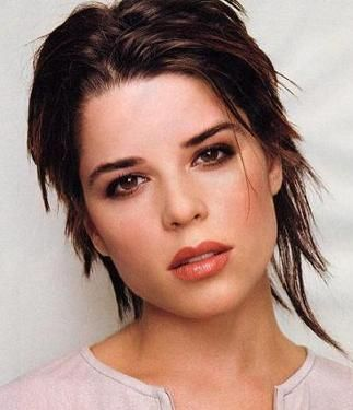 Neve Campbell... There's just something about her...