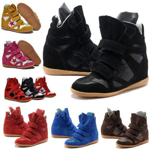 The website showcases top-brand womens' shoes, boots and sandals together with a range of quality leather bags.