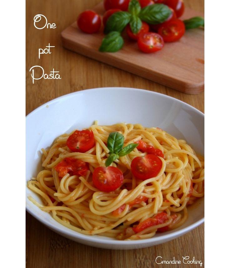 One pot pasta {tomate cerise, basilic, ail, oignon}
