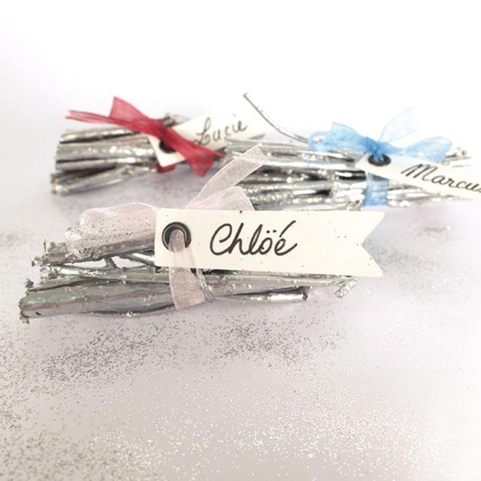 Un petit #did en #deco très sympa avec des #fanions ; des étiquettes de table originales :) #youdoit #etiquette