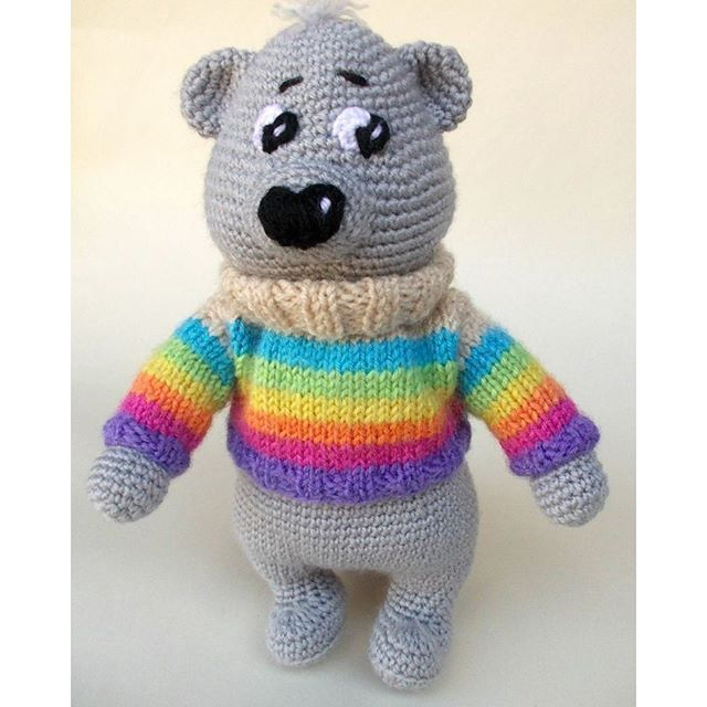 #crochet_toy #crochet_bear #rainbow #sweater #lorensdolls #bear #teddybear  You can make order here: www.etsy.com/shop/LorensDolls