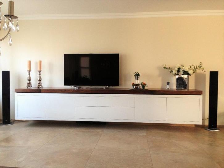 die besten 25 3d tv wand ideen auf pinterest tv falsche wand projektorhalterung und. Black Bedroom Furniture Sets. Home Design Ideas