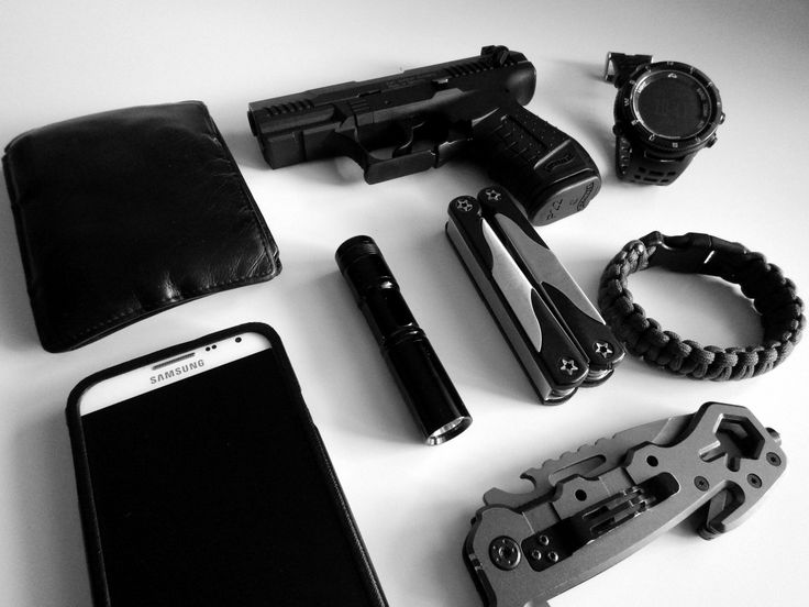 Wallet (Black Leather) - Shop on Amazon Samsung Galaxy Note 3 Neo - Purchase on Amazon Walther P22 9mm P.A.K. Simple LED flashlight (Only 1 AA Battery) Multitool - Shop on Amazon EDC Rescue Knife - Shop on Amazon Highgear Alti XT Negative Watch - Purchase on Amazon Paracord Bracelet - Shop on Amazon
