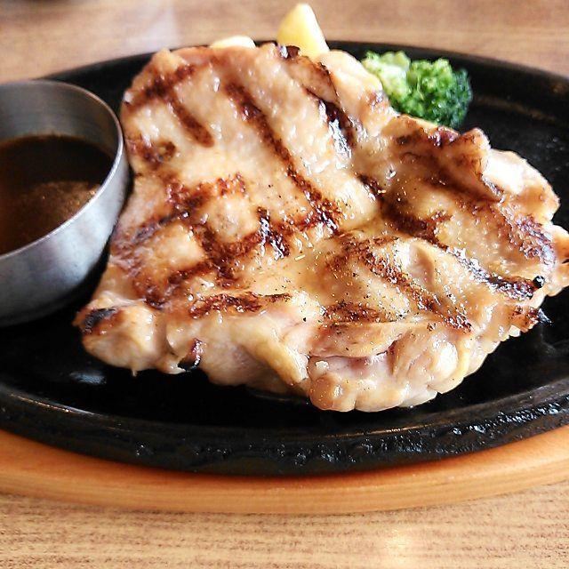 * 今日のランチは、ビッグボーイでチキンステーキを。 #チキン #鶏肉 #肉 #ランチ #ビッグボーイ