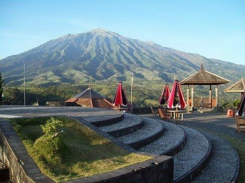 Ketep Pas (The right place to see Merapi mountain)