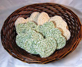 Hamburke's Bows: A crochet pattern: Heart Face Scrubbie Pads