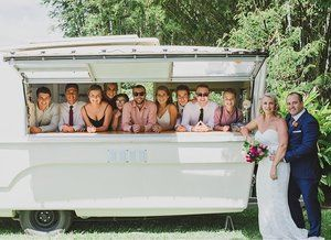 How many siblings can a Canavan fit? Meet the Donovans! Renae and Matt said the ultimate 'I do' a few weeks back, and successfully created a modern era Brady Bunch. #blendedfamily #truelove 📷 @skylasagephotography