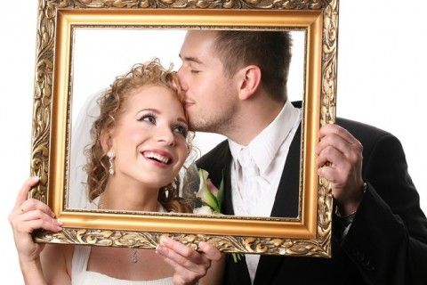 Remember Your Big Day With Marvelous Wedding Photo Frames