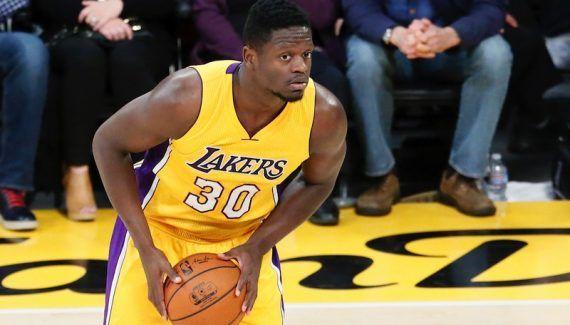 Julius Randle atteint d'une pneumonie -  Absent lors de la nouvelle défaite des Lakers à Utah, Julius Randle était malade. L'équipe de Los Angeles, par l'intermédiaire de Mike Trudell,a annoncé aujourd'hui que son jeune ailier fort… Lire la suite»  http://www.basketusa.com/wp-content/uploads/2017/01/julius-randle-1-570x325.jpg - Par http://www.78682homes.com/julius-randle-atteint-dune-pneumo