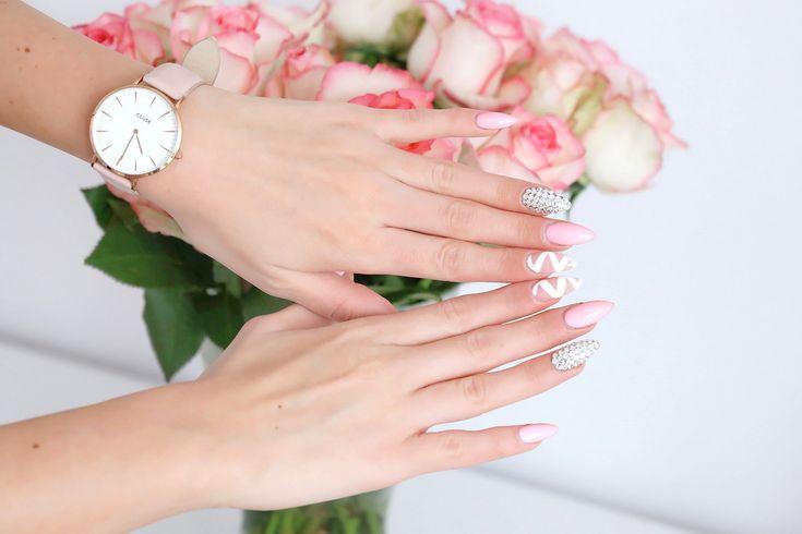 Cluse pink watch, nails 2017 – Plaamkaa | Joanna Kieryk