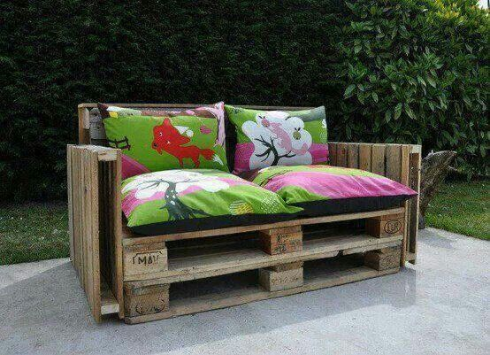 Pallet couch