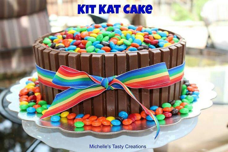 Bolo arco - íris /  Kit Kat Cake