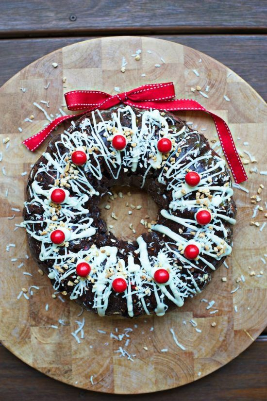 Rocky Road Wreath Cake Is Perfect Christmas Treat