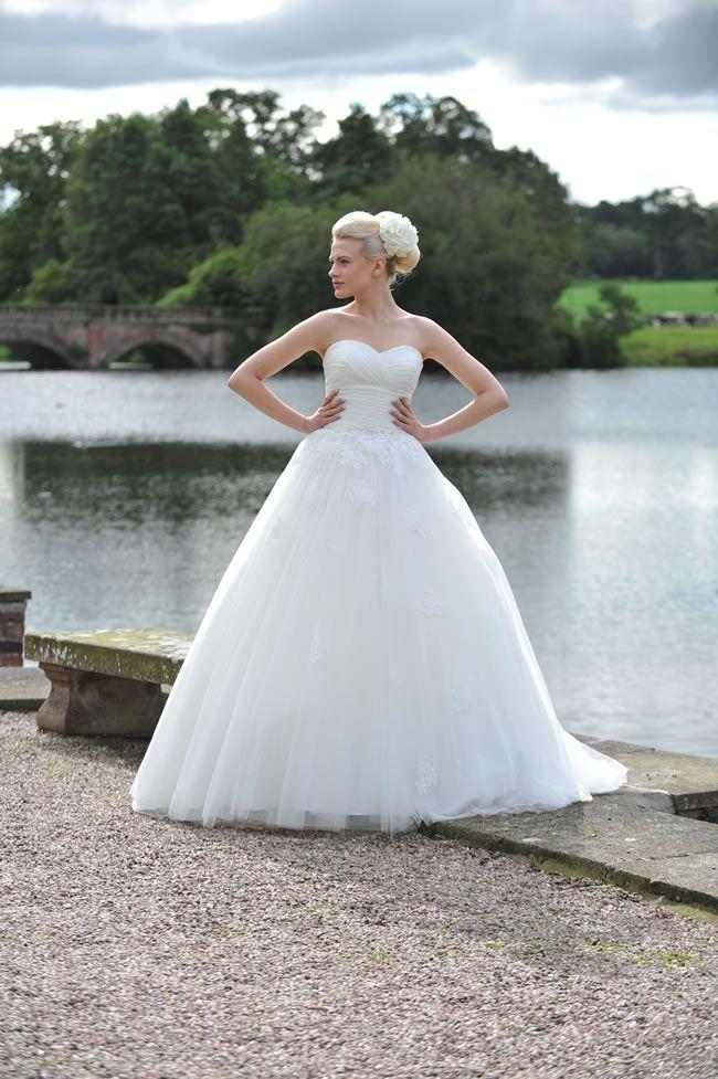 Famous Wedding Dress Huddersfield Motif - Wedding Dresses and Gowns ...