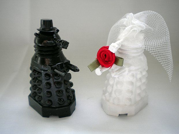 Dalek wedding cake toppers.: Doctorwho, Dalek Cakes, The Bride, Doctors Who Cakes, Wedding Toppers, Dr. Who, Doctors Who Wedding, Wedding Cakes Toppers, Grooms Cakes